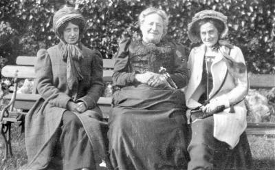 Martha Gould (left) with her mother and sister Margaret MaryGould