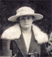 At Doris's wedding in 1918