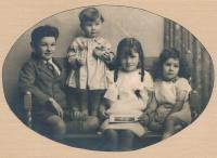 The Marryat children in 1928